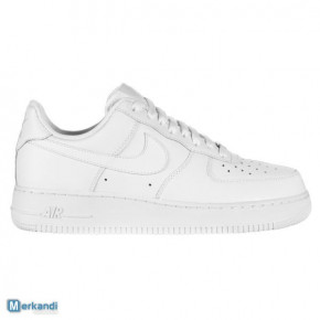 NIKE AIR FORCE 1 LOW WHITE + BLACK